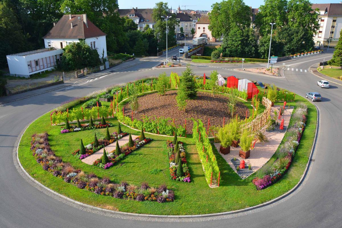 Rond-point de Landau - Haguenau 2015